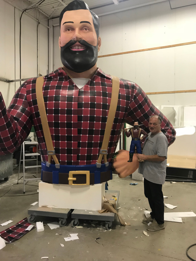 "26Foot Paul Bunyan Prop For""IT""Movie,Based On Stephen King's Novel"